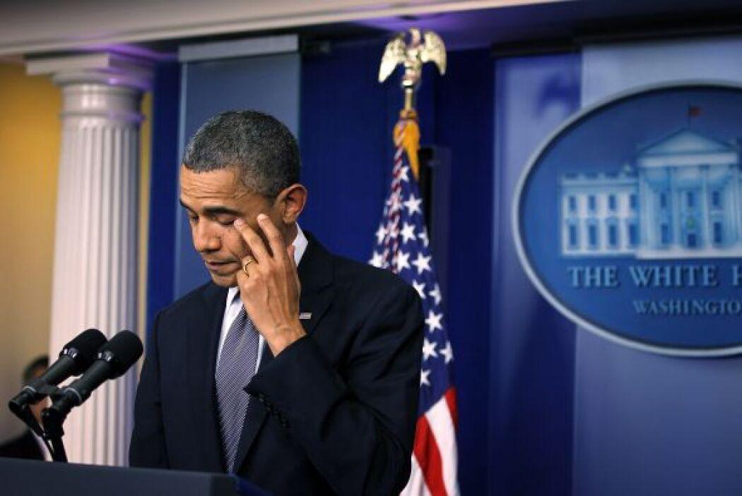 El presidente hizo una pausa durante unos segundos para mantener la comp...