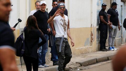 Enrique Iglesias armó tremendo alboroto en Cuba y tenemos todas las imág...