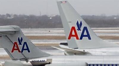 Sindicato de pilotos y aeromozas de American Airlines se unen con el de...