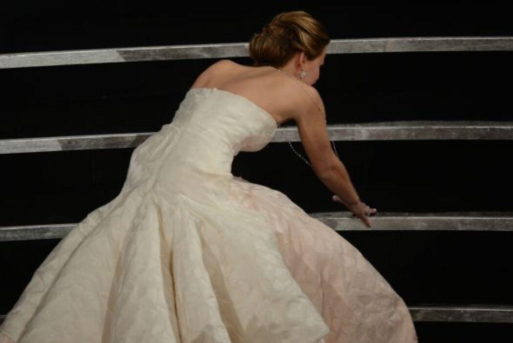 ¡Y encantó también hasta cuando se tropieza en el Oscar!  Vota aquí por...