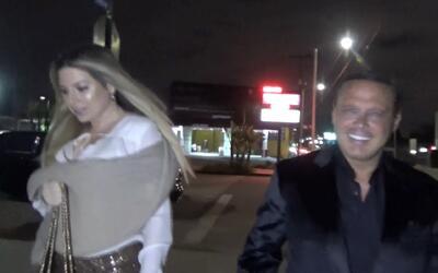 Luis Miguel fue captado con una misteriosa rubia en Los Ángeles e...