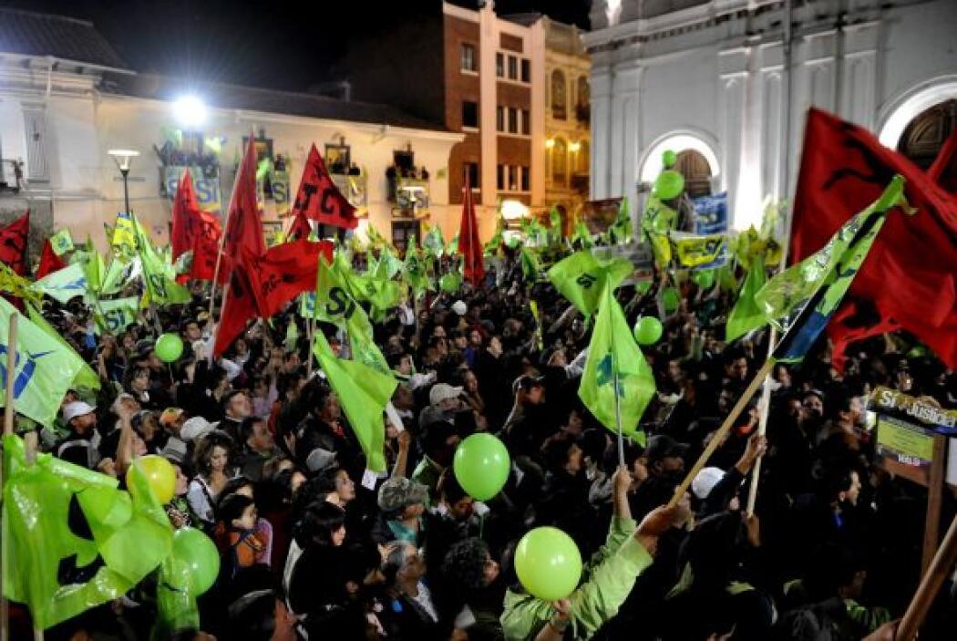 Ante miles de seguidores, el presidente ecuatoriano declaró que 'si fuer...
