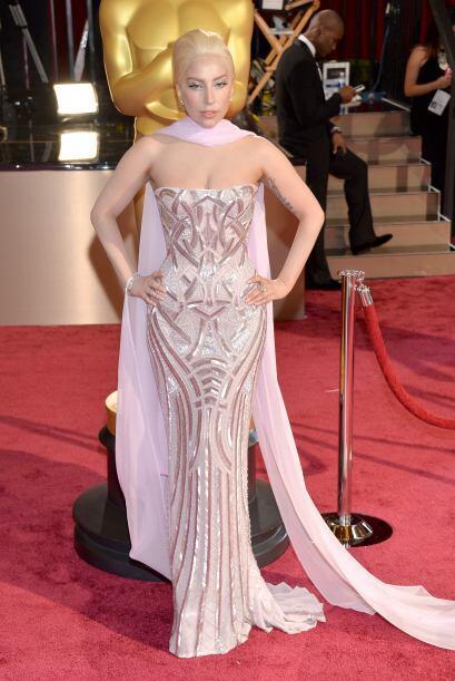 Lady Gaga quiso estar entre las mejores vestidas, pero por desgracia no...