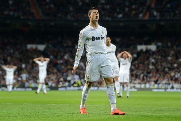 Y pasaban las oportunidades de gol, pero Cristiano y compañía no podían...