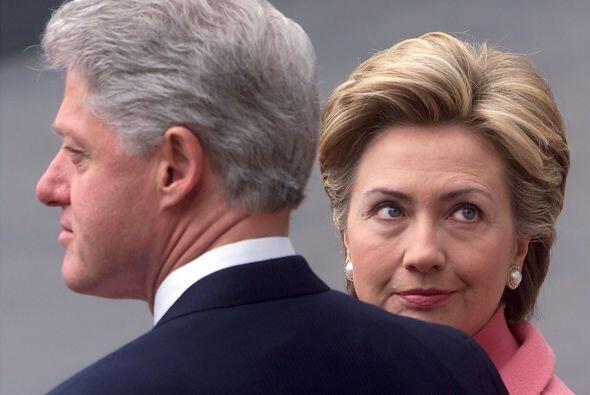 Clinton efrentó un juicio en su contra en el Senado que finalmente lo ab...