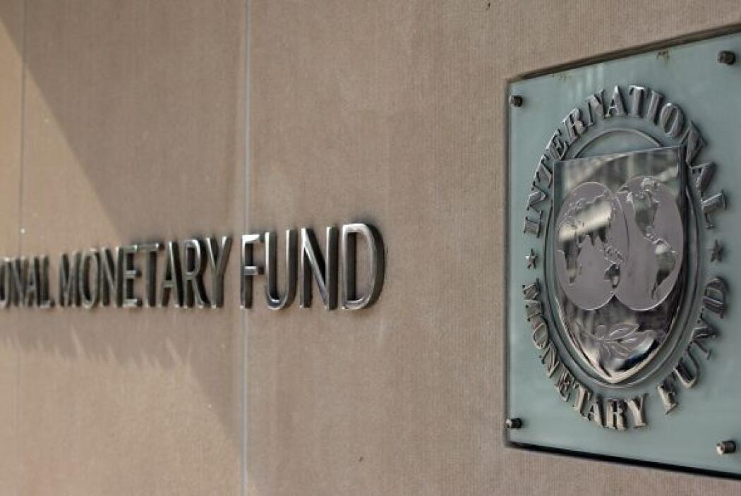3. EL FONDO MONETARIO INTERNACIONAL- El FMI está conformado por 185 país...