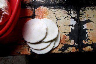 Disfruta del sabor venezolano con las ricas Arepas  que te permiten rell...