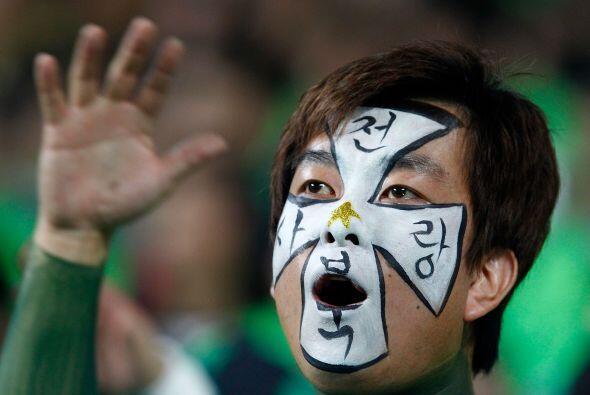 Los fanáticos en Korea del Sur asombran cada vez que se juega un partido...