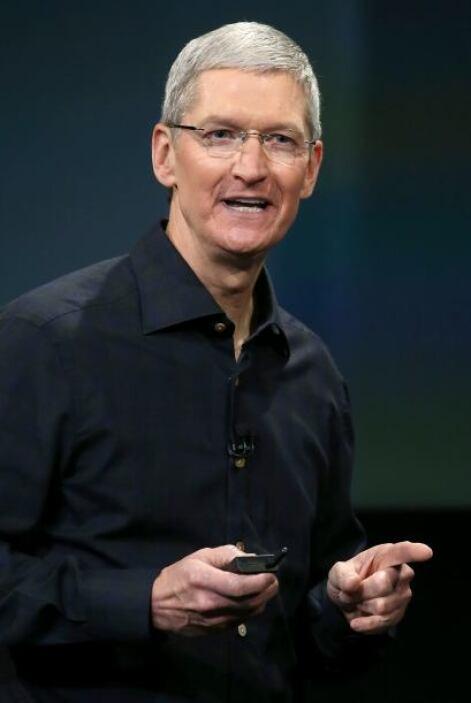 Tim Cook, CEO de Apple aceptó públicamente su homosexualidad.