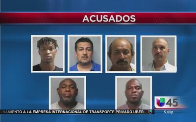 Arrestan a seis hombres durante un operativo encubierto