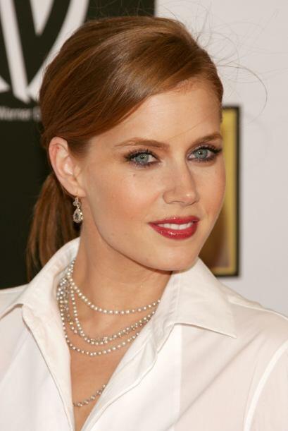 ¿Qué opinan de una Amy Adams con un maquillaje más...