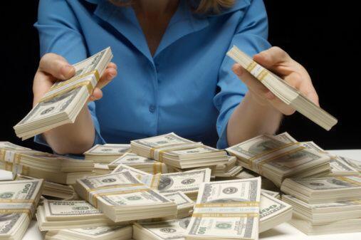 """Un millón de dólares,  ¡por favor! Gracias""- Victoria Lis."
