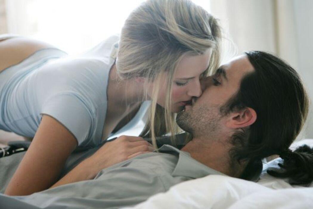 Para muchos hombres resulta atractivo que su mujer asuma el control en e...