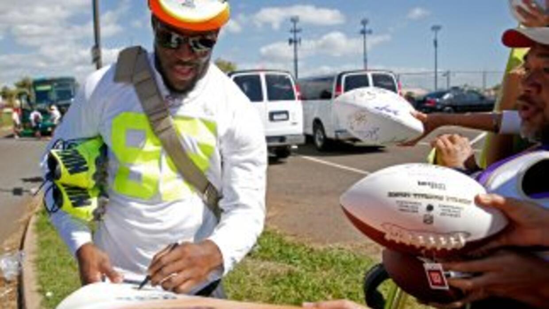 Brian Orakpo fue etiquetado por los Redskins (AP-NFL).