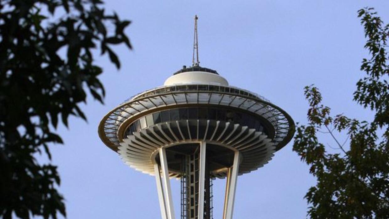 El Space Needle es el edificio más emblemático de Seattle.