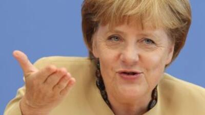 """Según Merkel,la eurozona no puede """"decepcionar a los mercados"""" proponie..."""