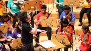 Gustavo Dudamel y la orquesta infantil YOLA de Los Ángeles