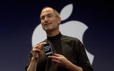 En 2007, Jobs sorprendió al mundo con un producto que se convirti...