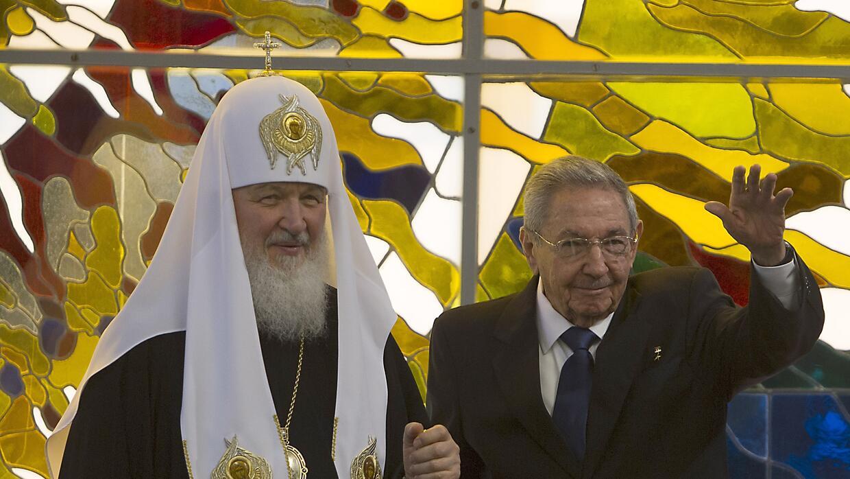 El patriarca Kiril sostuvo una reunión con Raúl Castro horas antes de la...