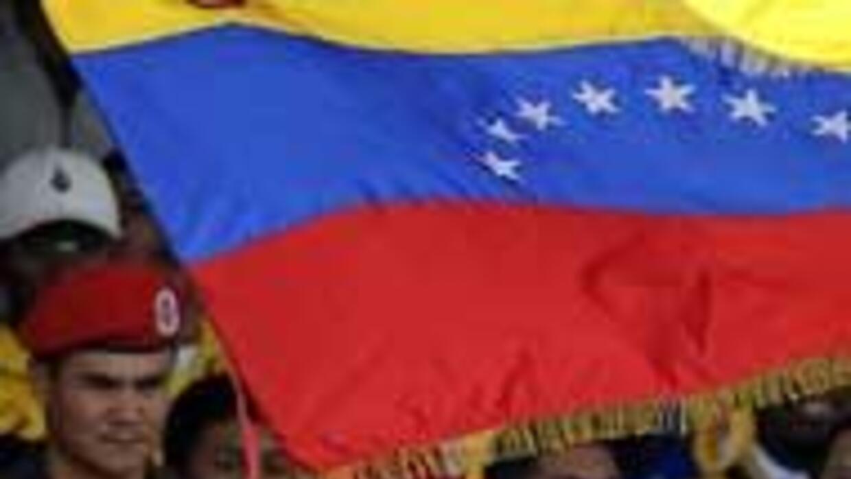 Chávez abanderó a Maldonado, ya lo proclamó campeón de la F1 79504d84033...