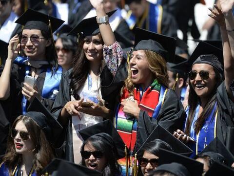 La educación superior sigue siendo el mejor antídoto contra el desempleo...