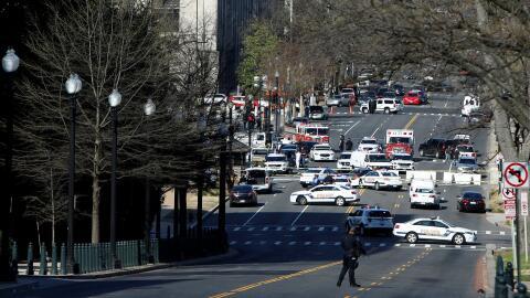 Una mujer que conducía de forma errática provocó disparos y un incidente...