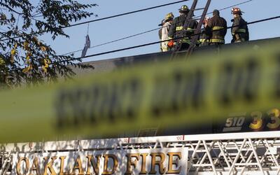 36 fallecidos, actualizan cifra de muertos por incendio de Oakland