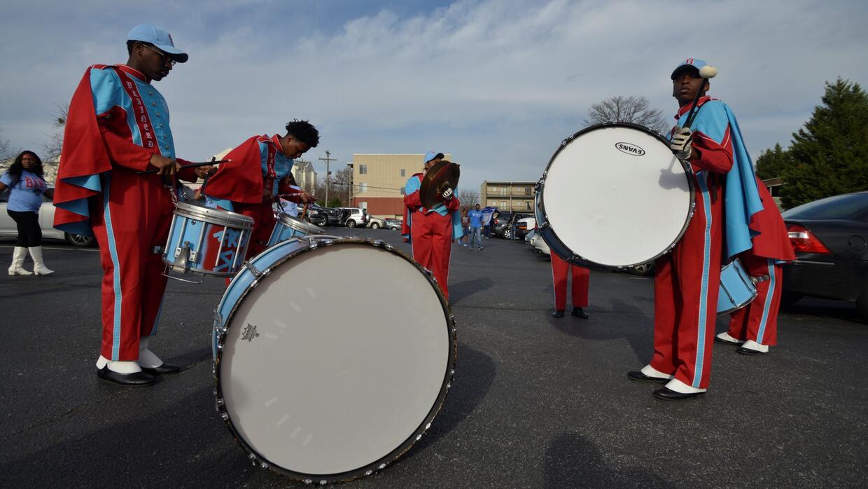 Detienen a tres sospechosos de la balacera durante desfile en honor a Ma...