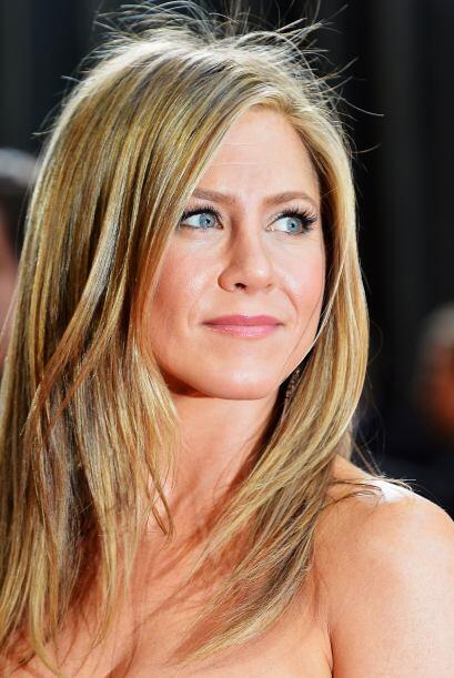 La dorada melena de Jennifer Aniston está más cara que el oro, costando...