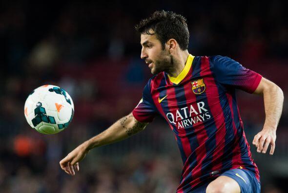 Cesc Fábregas (6): Su movilidad durante la primera parte fue de l...