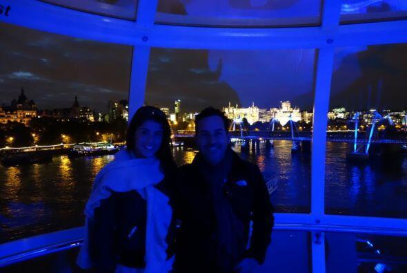 Carlitos se subió al London Eye, una de las ruedas de la fortuna...
