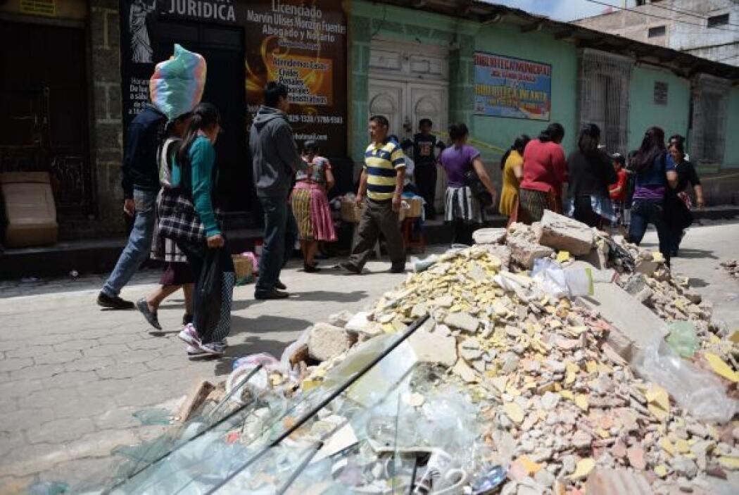 Así lucen las calles de Guatemala después del sismo.