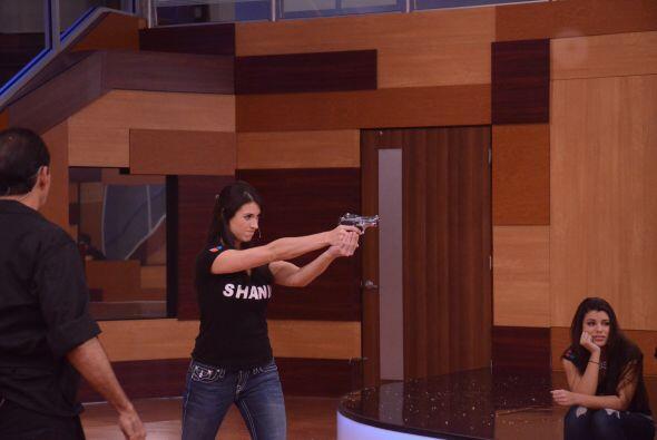 Después de una buena demostración, Shanik quedó más que entrenada.