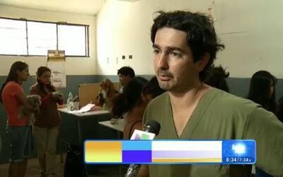 El hombre peruano que ayuda a los perros callejeros