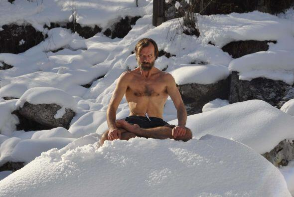 Es impresionante como este hombre de 55 años, puede escalar el Everest s...