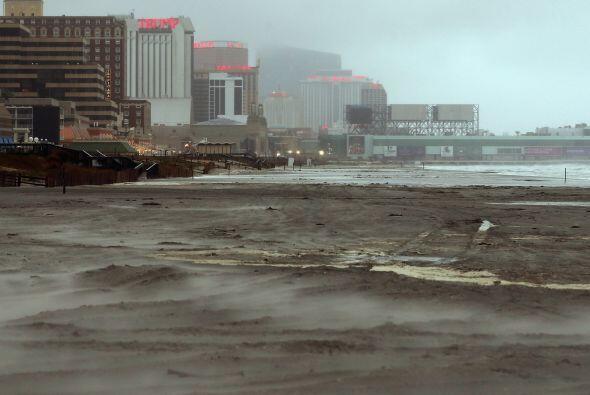 Imágenes de Nueva Jersey y Atlantic City antes del arribo del Hur...