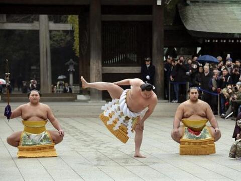 """El """"Yokozuna"""", o gran campeón de sumo Harumafuji Kohei..."""