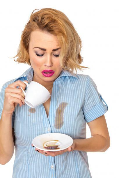 El café o té, que también estropean la ropa, se qui...