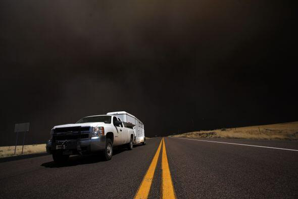 El paso seco y las sequías han contribuido a los incendios que es...