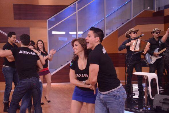 Jonathan escogió a su bailarina preferida. ¿Habrá u...