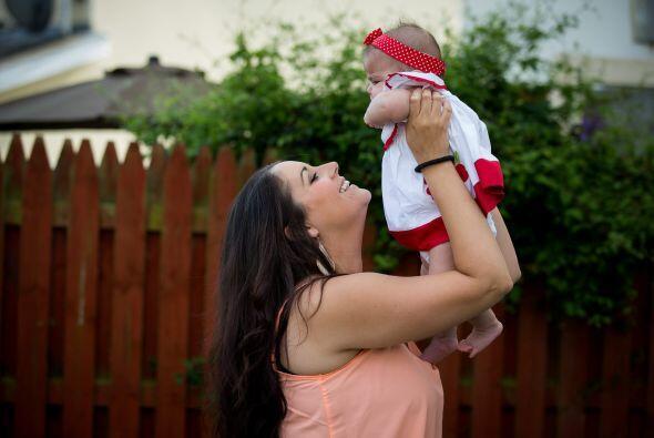 La bebé nació sana, algo increíble, pues adem&aacut...