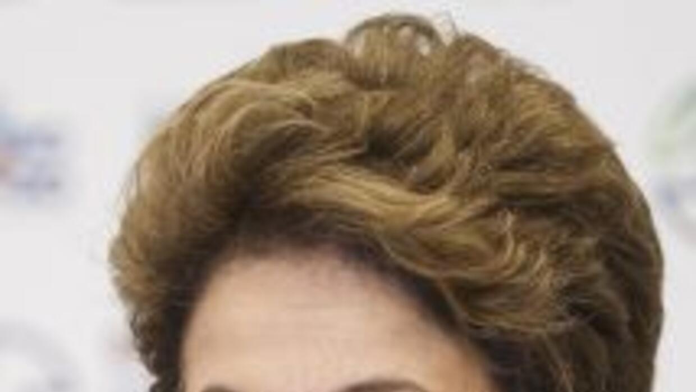 Rousseff no ha cedido a las demandas e incluso emitió una decisión que a...