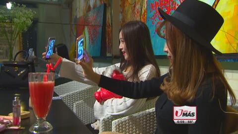 Tomarse muchas 'selfies' puede causar problemas físicos