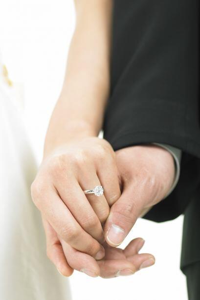 Para él no importa que ellas no tengan un anillo o un novio que s...