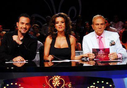 En la primera temporada, Carlos fue juez al lado de Alicia Machado y Osm...