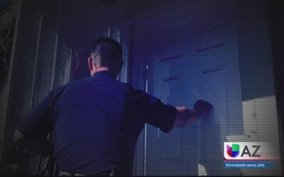 La Policía de Phoenix busca acercarse a la comunidad