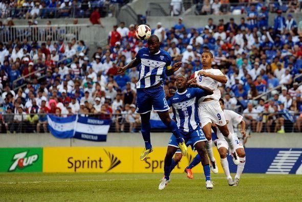 Honduras llega a semifinales luego de un sufrido partido ante Costa Rica...