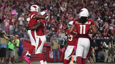 En casa, los Cardinals aplastaron 28-3 a unos Jets que siguen en caida l...