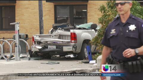 Choque deja dos personas muertas en Alameda