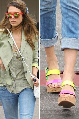 Los expertos recomiendan usarlos con unos buenos 'jeans' y una blusa bla...